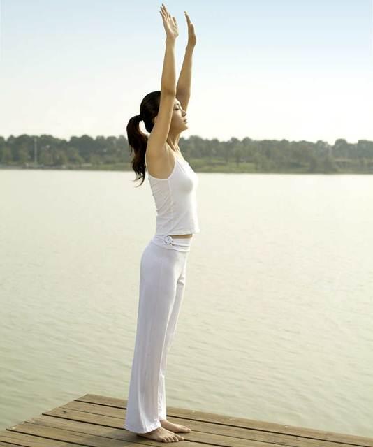posicoes basicas de yoga