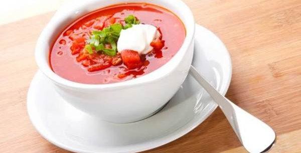 Como preparar uma sopa de tomate