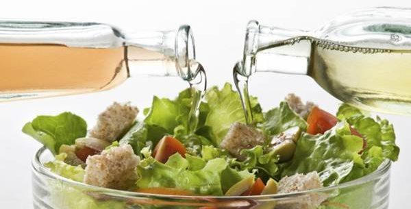 Benefícios do vinagre na salada