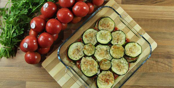 Abobrinha sauté e tomates