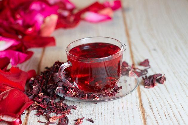 15 beneficios do cha de hibisco para saúde e emagrecer